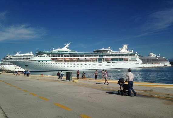 Corfu Greece Cruise Ship Schedule Crew Center - Cruise ships images