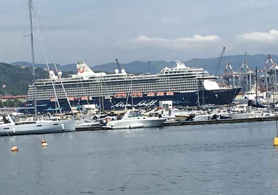 La Spezia Italy Cruise Ships Schedule Crew Center - How many cruise ships in port