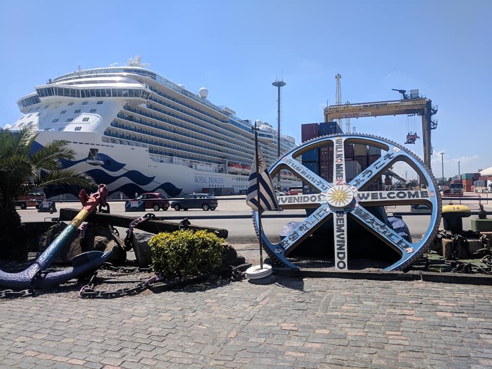 Montevideo Uruguay Cruise Ships Schedule 2021 2022 Crew Center
