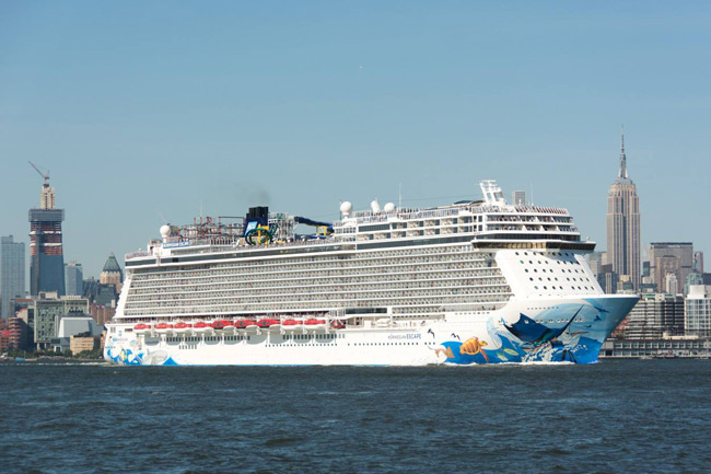 Cruises From New York 2020.New York City New York Cruise Port Schedule 2020 Crew Center