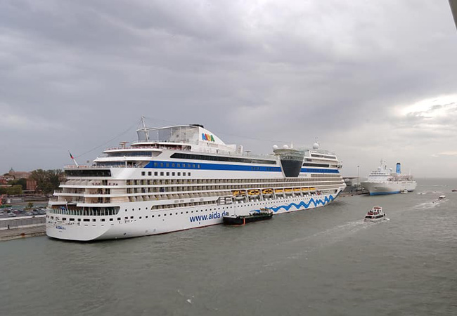 Cruise Deals December 2020.Venice Italy Cruise Ships Schedule July December 2020